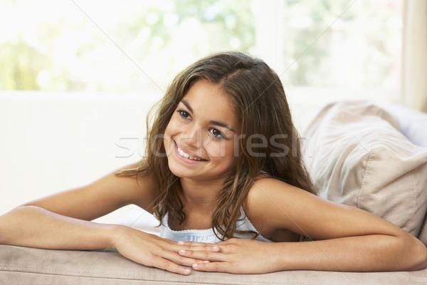 Photo stock: Jeune · fille · détente · canapé · maison · fille · enfants