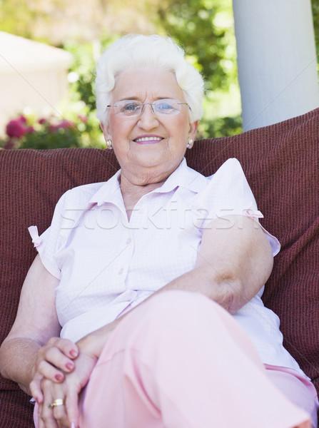 Сток-фото: старший · женщину · сидят · саду · Председатель · улыбаясь