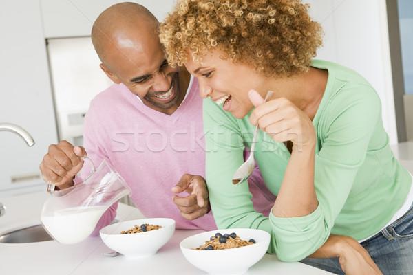Férj feleség eszik reggeli együtt otthon Stock fotó © monkey_business