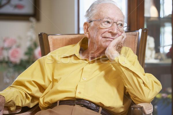 Stockfoto: Senior · man · ontspannen · fauteuil · bril · ouderen