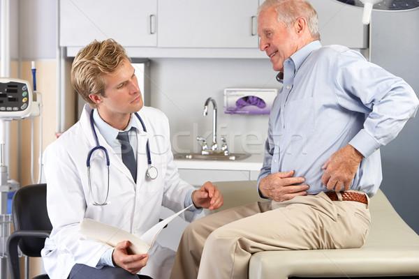 Foto d'archivio: Medico · maschio · paziente · anca · dolore