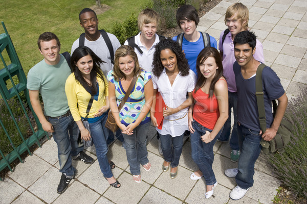 Stockfoto: Groep · college · studenten · campus · gras · student