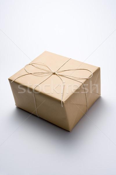 пакет грубая оберточная бумага окна доставки цвета строку Сток-фото © monkey_business