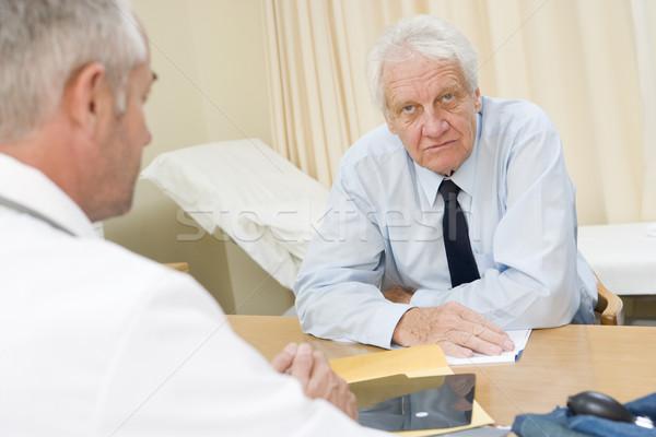 Mann Arzt medizinischen ältere männlich Stock foto © monkey_business