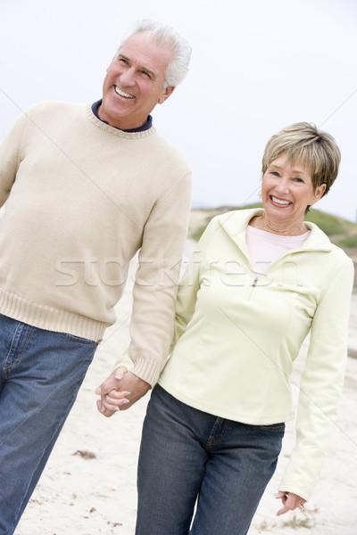 Stockfoto: Paar · strand · holding · handen · glimlachend · vrouw · man