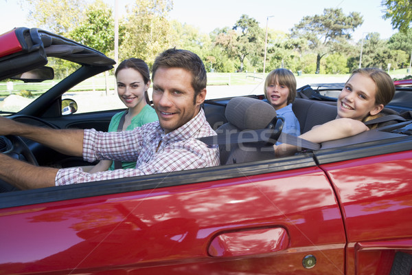 Famille voiture souriant femme enfants enfant Photo stock © monkey_business