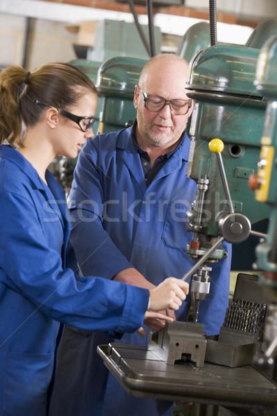 Foto d'archivio: Due · lavoro · macchina · donna · uomo · industria