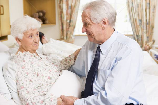 Idős férfi ül feleség kórház orvosi Stock fotó © monkey_business
