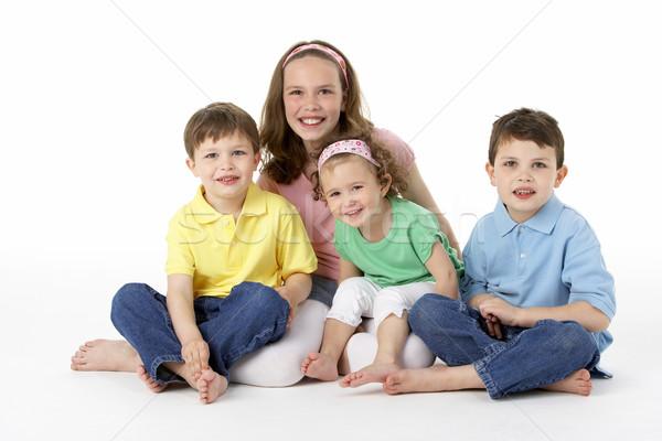 Grupo jóvenes ninos estudio nina amor Foto stock © monkey_business