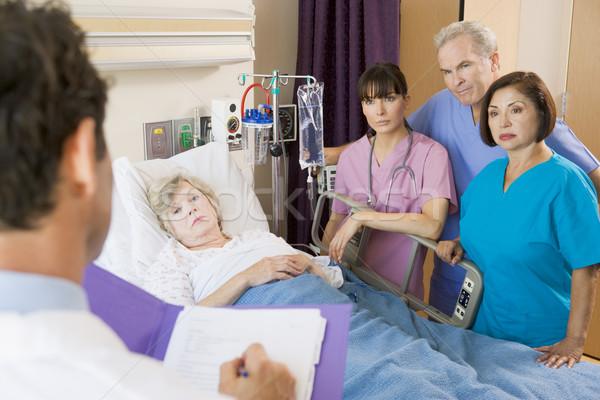 Stok fotoğraf: Doktor · notlar · hasta · çalışmak · tıbbi