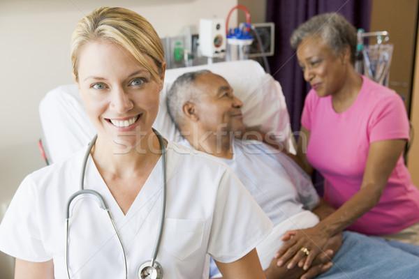 Photo stock: Médecin · regarder · hôpital · chambre · femme
