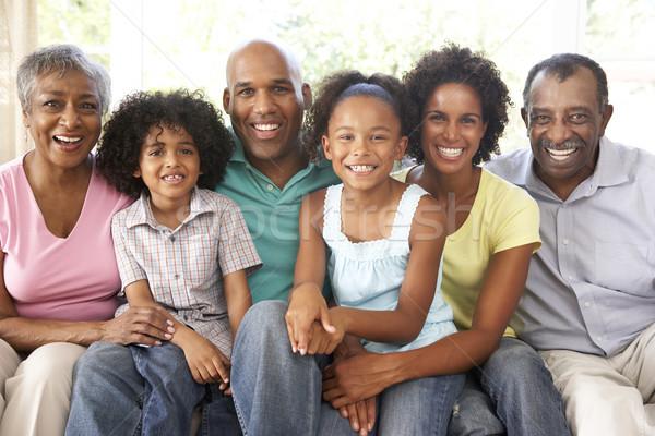 Stockfoto: Uitgebreide · familie · ontspannen · sofa · home · samen · familie