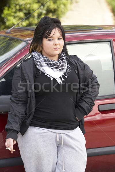 Mulher jovem em pé carro mulher rua adolescente Foto stock © monkey_business