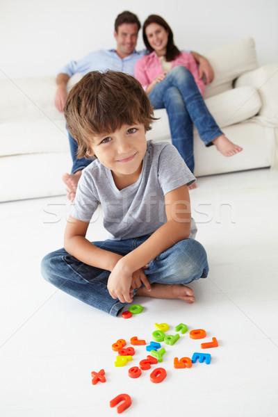 Ebeveyn izlerken oğul oynamak kadın aile Stok fotoğraf © monkey_business