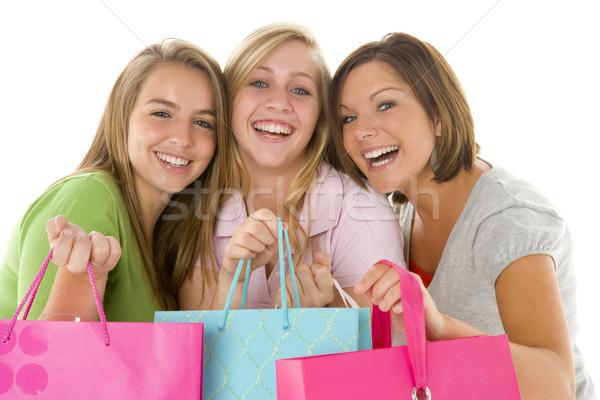 Portré tinilányok tart bevásárlótáskák barátok lányok Stock fotó © monkey_business