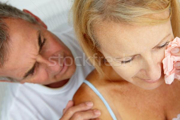 Homem reconfortante choro esposa mulher feminino Foto stock © monkey_business