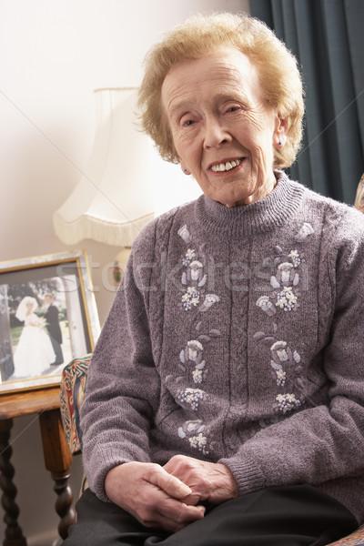Stockfoto: Senior · vrouw · ontspannen · home · huis · portret