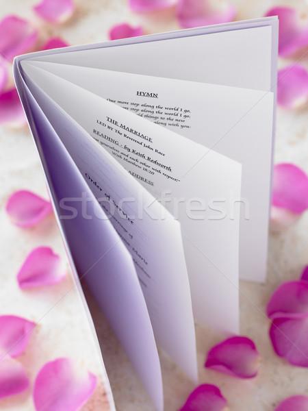 Bruiloft boekje rozenblaadjes liefde ring huwelijk Stockfoto © monkey_business