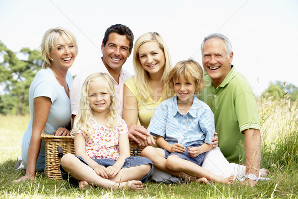 Familie picknick kinderen man gelukkig kind Stockfoto © monkey_business