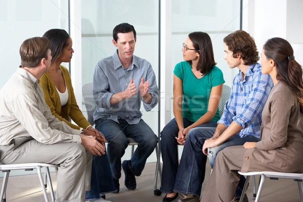 Megbeszélés támogatás csoport nő nők férfiak Stock fotó © monkey_business