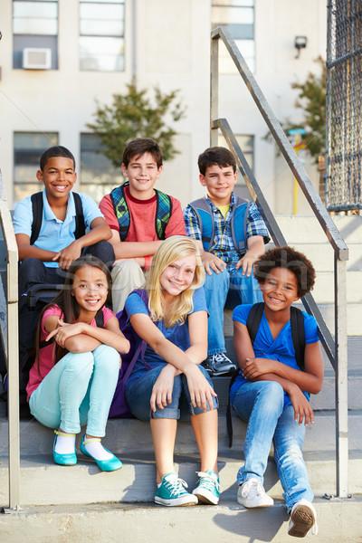 Photo stock: Groupe · élémentaire · élèves · à · l'extérieur · classe · école