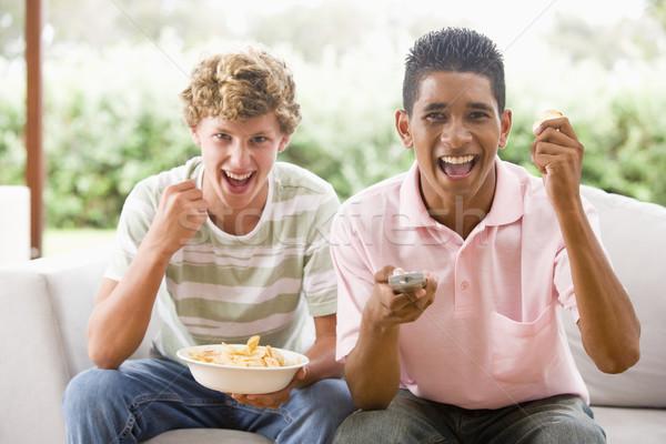 Adolescentes sessão sofá juntos feliz amigos Foto stock © monkey_business
