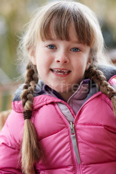 Outdoor portret jong meisje winter kleding Stockfoto © monkey_business