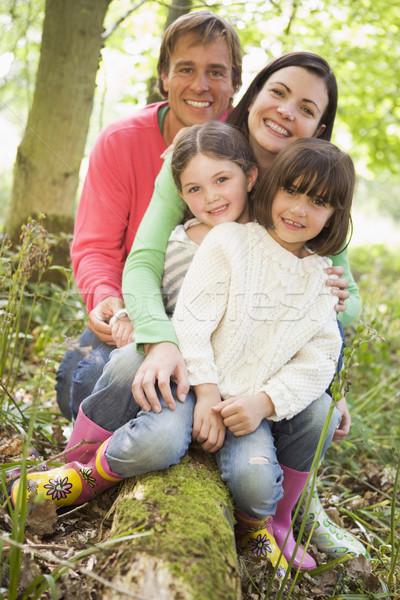 Foto stock: Família · ao · ar · livre · mata · sessão · sorridente · feliz