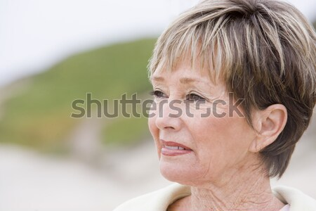 Stockfoto: Vrouw · strand · gelukkig · vrouwelijke · senior · ontspannen