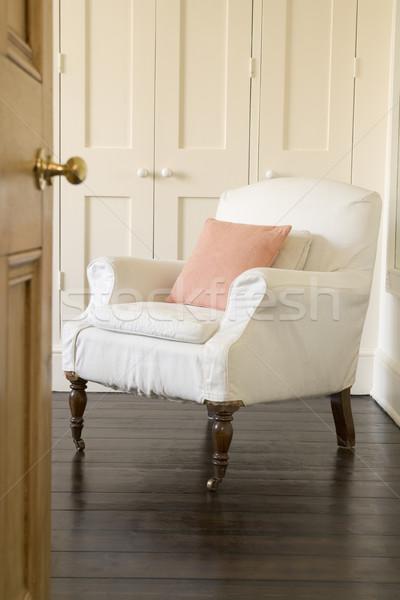 Lege stoel shot deuropening home deur Stockfoto © monkey_business
