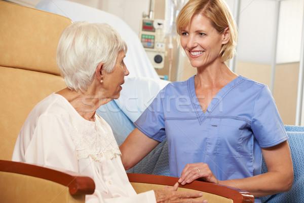 медсестры старший женщины пациент сидящий Сток-фото © monkey_business