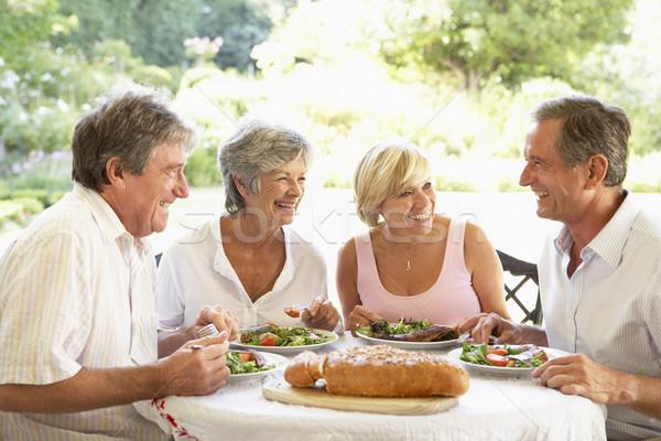 Znajomych jedzenie fresk obiad żywności pary Zdjęcia stock © monkey_business
