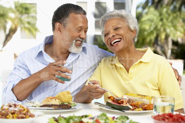 Para jedzenie fresk posiłek szczęśliwy ogród Zdjęcia stock © monkey_business