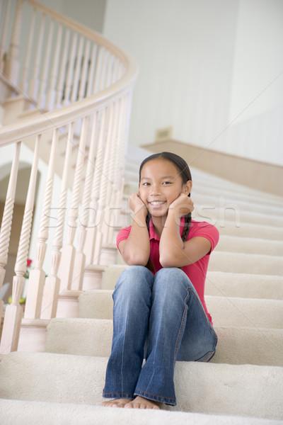 Giovane ragazza seduta home ragazza bambini Foto d'archivio © monkey_business