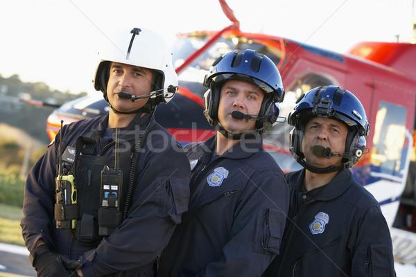 Portré mentők áll kórház rádió fiatal Stock fotó © monkey_business