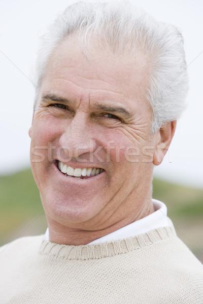 Сток-фото: человека · пляж · улыбаясь · счастливым · портрет · женщины