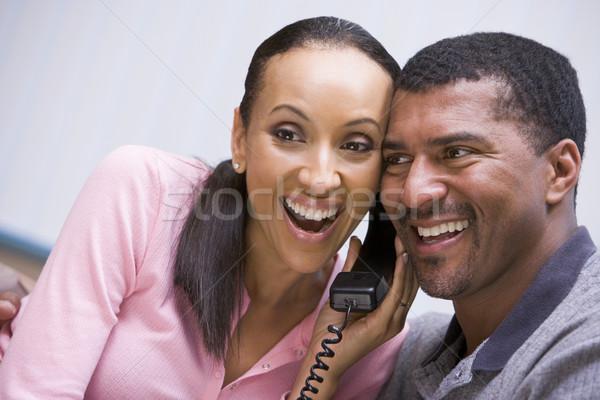 カップル 良いニュース 電話 ホーム 幸せ 話し ストックフォト © monkey_business