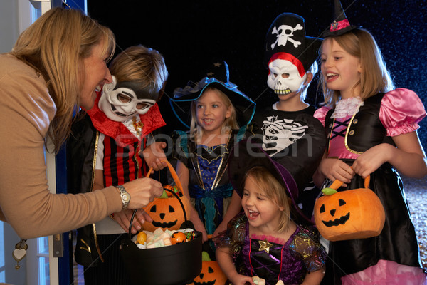 Feliz halloween fiesta ninos truco ninos Foto stock © monkey_business