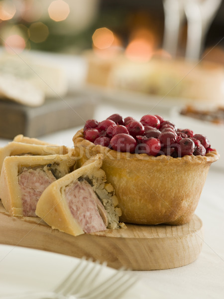 Porc Turquie farce tarte canneberges jeu Photo stock © monkey_business