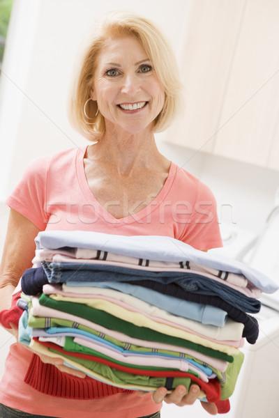 Stockfoto: Vrouw · gevouwen · omhoog · wasserij · schoonmaken