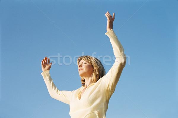 Nő áll kint karok felfelé nyár Stock fotó © monkey_business