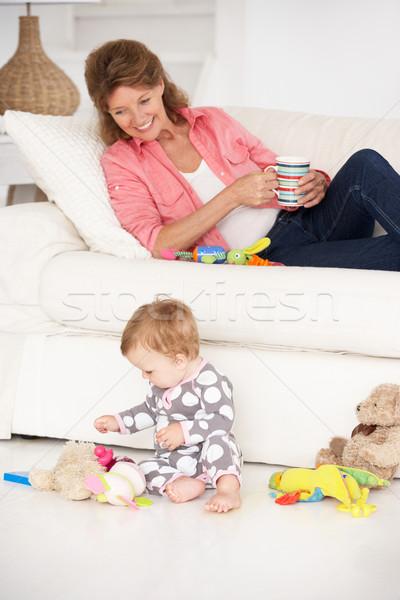 Babcia baby wnuczka kobieta rodziny zabawki Zdjęcia stock © monkey_business