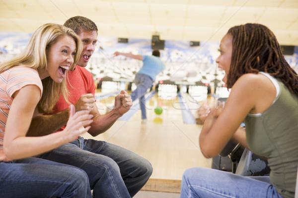 Giovani adulti bowling felice sport gruppo Foto d'archivio © monkey_business