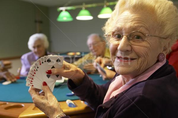 Сток-фото: старший · взрослых · играет · моста · женщину · счастливым