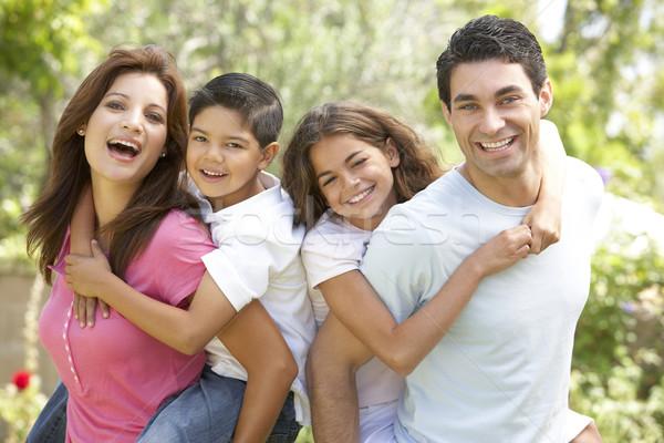 Retrato familia feliz parque familia ninos hombre Foto stock © monkey_business