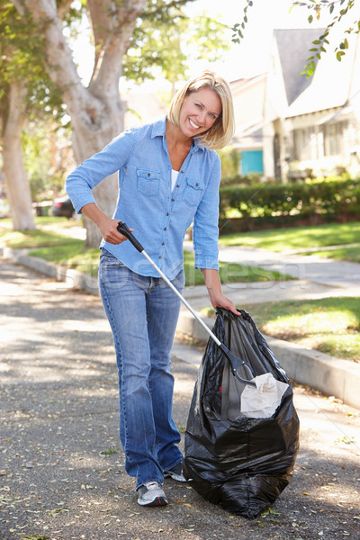 Stockfoto: Vrouw · omhoog · voorstads- · straat · stedelijke