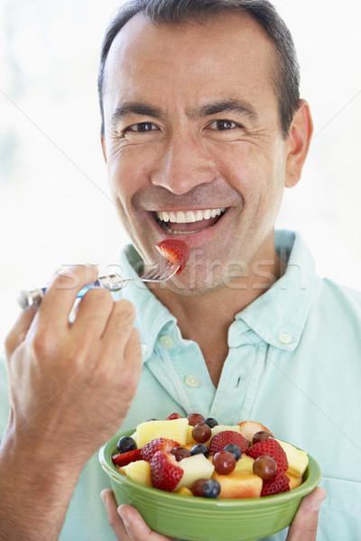 ストックフォト: 食べ · 新鮮果物 · サラダ · 食品 · 男