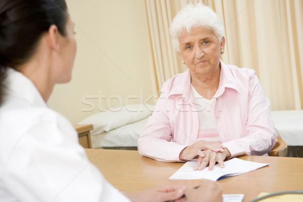 Frau Arzt ältere weiblichen Senior Stock foto © monkey_business