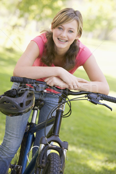 Bicicleta feliz exercer parque sorridente Foto stock © monkey_business