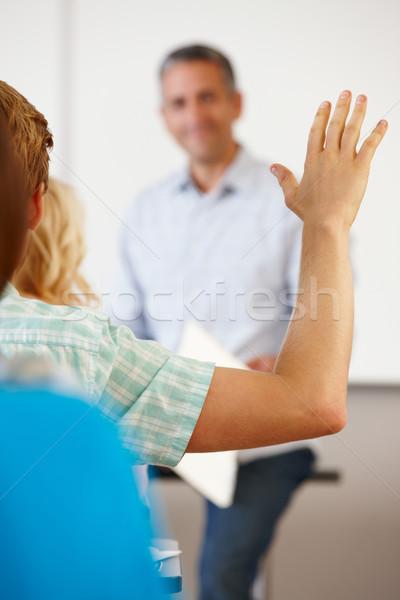 Student hand omhoog klasse vrouwen gelukkig Stockfoto © monkey_business
